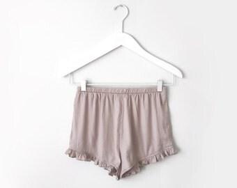Melody / Dusty rose ruffle hem shorts