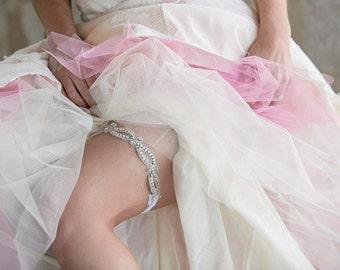 Wedding Bridal Garter - Bling Diamond Rhinestone Sparkly garter on stretchy elastic