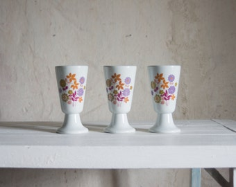 Vintage French Cups // 1970 Ceramic Coffee Mugs // Retro Floral Gobelets for Tea or Coffee