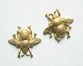 Raw Brass Bee, Bee Embellishment, Brass Honey Bee, Jewelry Supplies, Raw Brass Stamping 19mm x 17mm- 4 pcs. (r304)