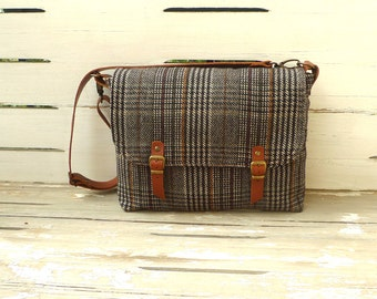 WOOL PLAID Messenger Bag Single Leather Strap Shoulder bag / Cross Body Messenger