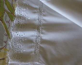 Vintage Half SLIP by JC Penney  ~ with Vintage Eyelit and Bridal Lace Details Size Small