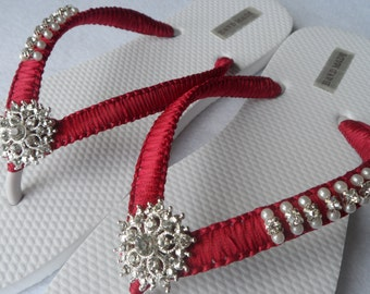 Burgundy  Wedding Flip Flops / Bridal Pearls Sandals / Burgundy Color Bridesmaid Shoes / Rhinestone & Pearls Flip Flops..