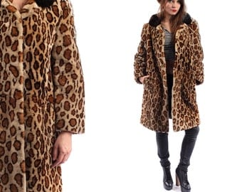 SALE ANIMAL Print Fur Coat . Vintage 1960s Leopard Ocelot MOUTON Fur Soft 1950s Twiggy Retro Short Winter Coat Outerwear . Small to Medium