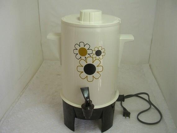 Vintage Regal Poly Perk Electric Coffee Maker by Retrorezurection