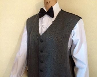 """Classic 50""""  Grey Houndstooth men's suit vest ( waistcoat) XXlarge"""