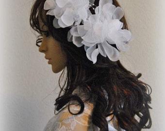 SALE 50%OFF Brides Flower Fascinator Wedding Headpiece Bridal Comb Hair Updos Vintage Retro White Cluster Headdress Floral Hair