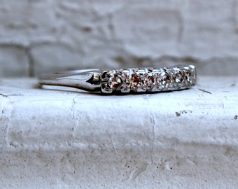 Vintage 14K White Gold Diamond Wedding Band - 0.28ct