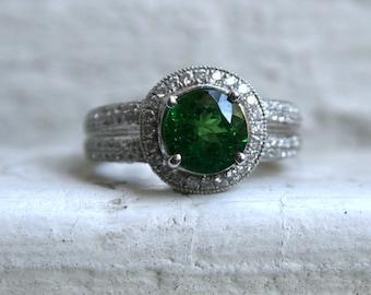 Vintage 18K White Gold Tsavorite Garnet and Diamond Ring Engagement Ring - 3.50ct.