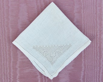 Antique child's handkerchief, c.1910's child's linen hanky with drawnwork and hemstitching