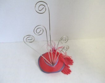 Vintage Red Hat and Gloves wire photo holder used