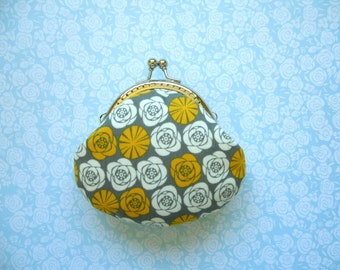 SHOP CLOSING SALE  Yellow and White Roses Coin Purse - Mother's day Gift, Handmade Gift, Birthday Gift, Stocking stuffer - Limited Edition
