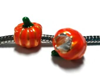3 Beads - Pumpkin Halloween Thanksgiving Enamel Silver European Bead Charm E1365