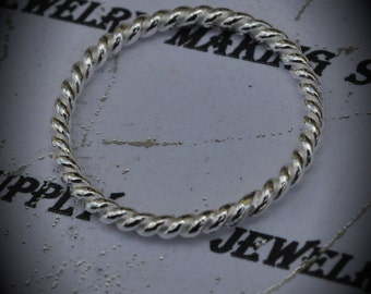 Genuine Sterling Silver Rope Circle Pendant