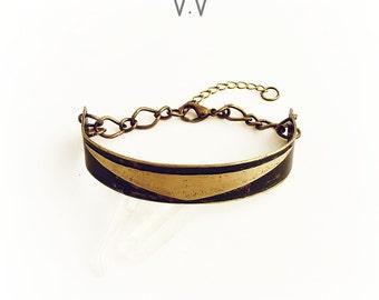 LILITH Cuff | Rustic Cuff Bracelet | Brass Triangle | Chunky Chain | Gold Cuff | Brass Cuff | Unisex Jewelry | Men's Jewelry | Oxidized Cuff
