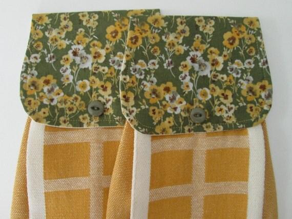 Hanging Kitchen Towel Set Yellow White Brown Light Grey