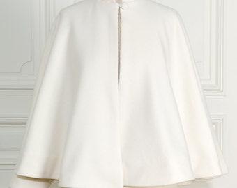 wedding cape (for bridal)- cape de mariée d'hiver sans lisière au col
