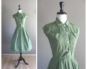 Green White & Black Plaid 1950s Vintage Day Dress / 1940s Full Skirt Shirtwaist