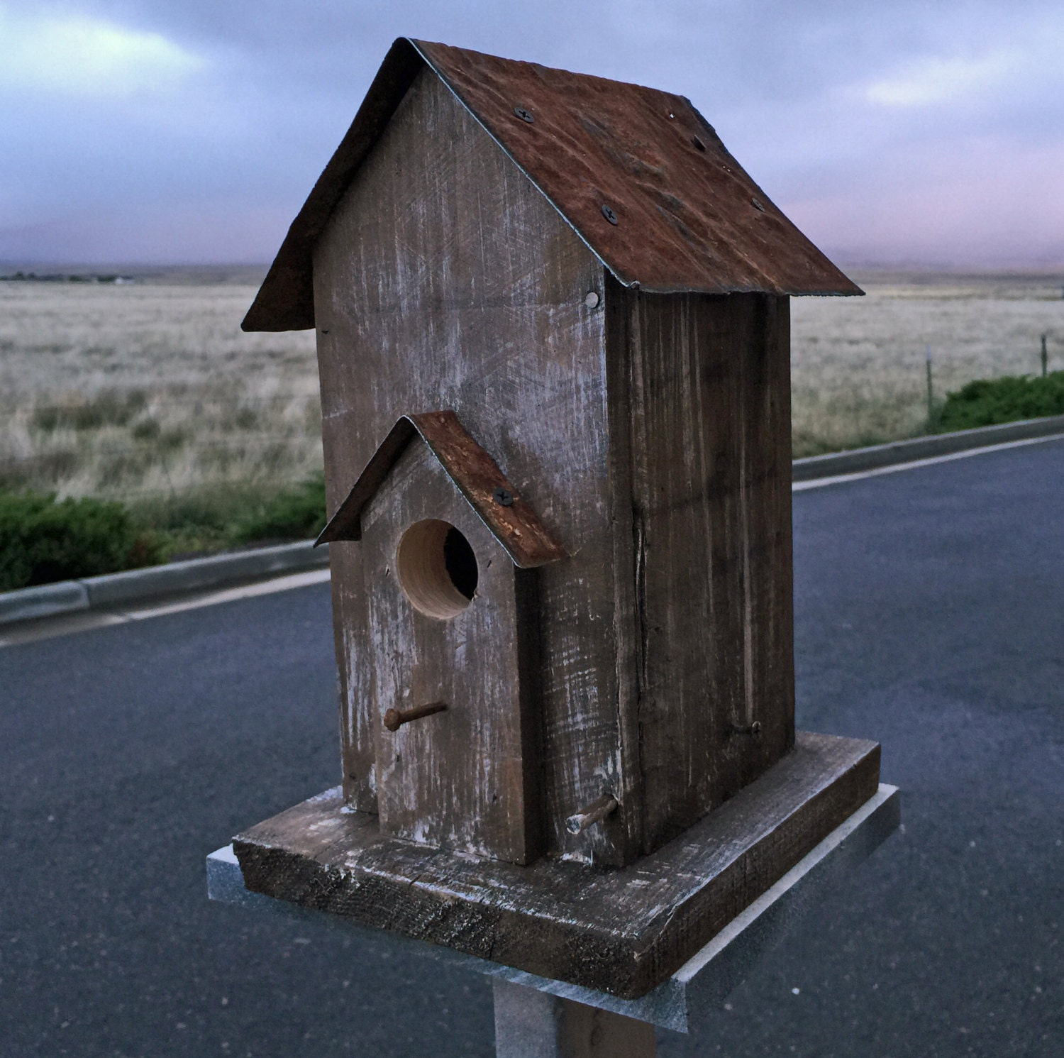 Primitive bird house antique style bird house functional for Bird house styles