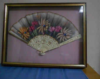 Vintage Fan / Under glass deep well Frame /  STUNNING / Hand Painted and Engraved with Silver / SIlk!!!