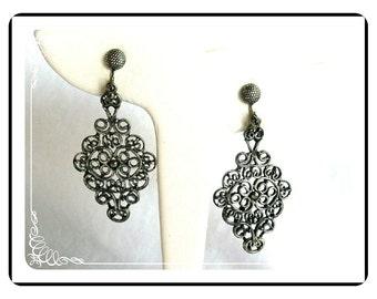 Hollycraft Silver Earrings -  Filigree Hearts and Scrolls Earrings - E248a-052212000