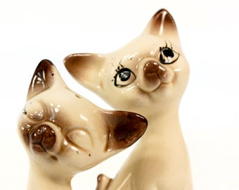 Vintage Mid Century Siamese Cat Salt and Pepper Shakers