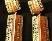 Beautiful coral earrings with filigree work