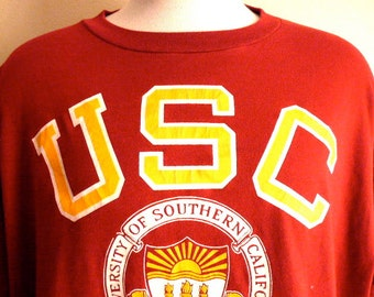 Go Trojans vintage 80's USC University of Southern California NCAA college football sports graphic t-shirt oxblood red crew neck tee XXXL