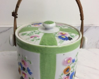 Japanese style | Vintage Porcelain Canister | Chartreuse Green