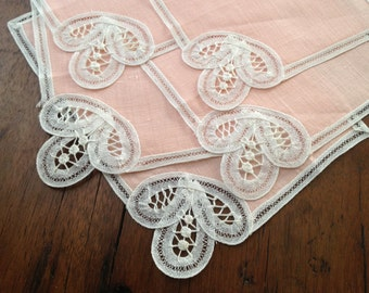 Bruxelles Linen Cocktail Napkins Peach White Lace Set of 5 Finely Detailed