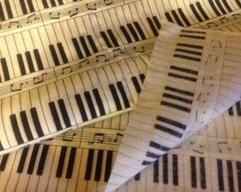 4 1/2 yards of keyboard pattern cotton fabric (HR31)