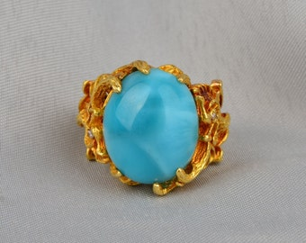 Spectacular 30.00 Ct natural turquoise and diamond pre 1940 rare griffin ring
