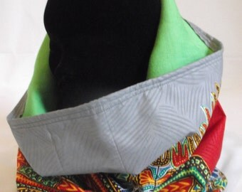Angelina grey print reversible lime green snood