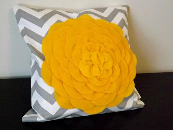 Decorative Throw Pillow Cover, Yellow Chrysanthemum Flower Pillow Cover, Accent Pillow, Toss Pillow, 14x14, 16x16,Sofa Pillow