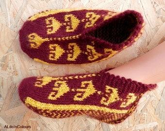 Turkish hand knitted women's unique warm slippers, slipper socks, house shoes, house socks.
