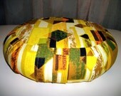 "RESERVED. Meditation Cushion Zafu and 9x9 pillow. Buckwheat Hull filled.Geometric Print Cotton Fabric. 15x5. 6"" L. sidewall Zipper. USA made"