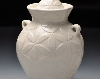 Cremation Urn, White on White Petals, Individual Size