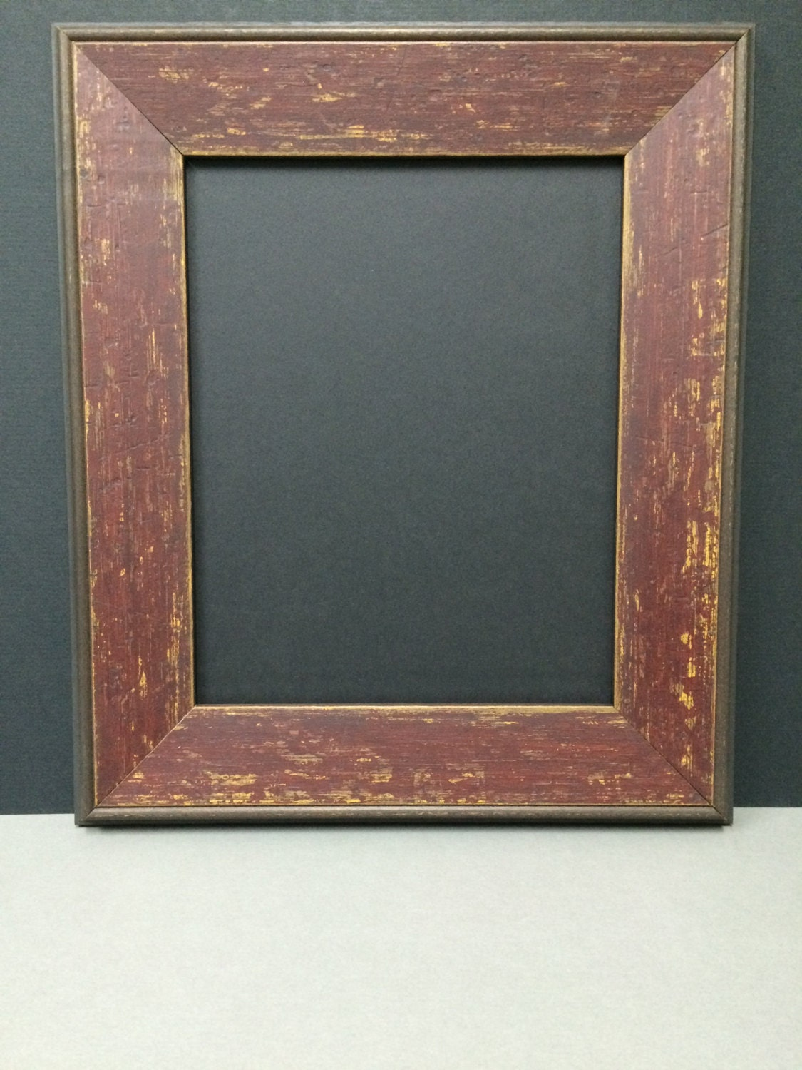 rustic red barnboard distressed type picture frame with single. Black Bedroom Furniture Sets. Home Design Ideas