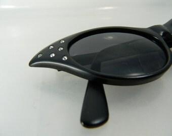Vintage Cat Eye Sunglasses Black Dark Glasses Women's Sunglasses Rhinestone Jet Vision 389