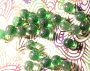 12 Round Emerald Green Glass Beads with Loop