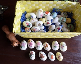 20+ Easter Holiday-Painted Ceramic Decorative Eggs Lot-Flowers/Bunny/Butterfly/Sping Blooms