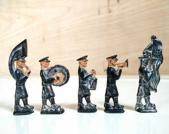 Vintage Lead Marching Band Toy Figurines. Lot of 26.