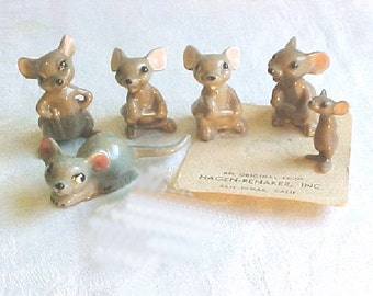 Hagen Renaker Mouse Collection - Big Brother mouse - Little Brother  - Reclining Mouse - Mama  - Miniature Vintage  Mice Family Group