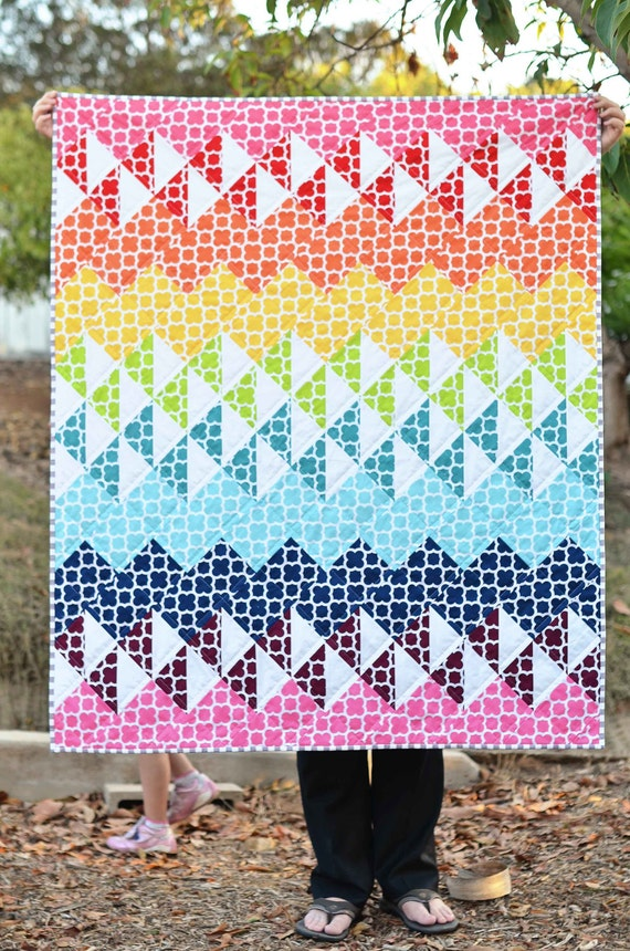 Quatrefoil Spectrum Rainbow Baby Quilt by ericajackman on Etsy