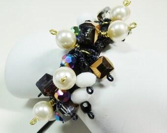 Macrame Beaded Bracelet, Wire Wrapped Macrame Bracelet, Black and White Bracelet, Shambala Bracelet, Adjustable Bracelet, Beaded Bracelet