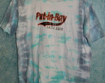 Ladies' SIZE M Upcycled Put-in-Bay Tie-Dye T-shirt in Faded Dark Blue and Teal Line Dye Pattern