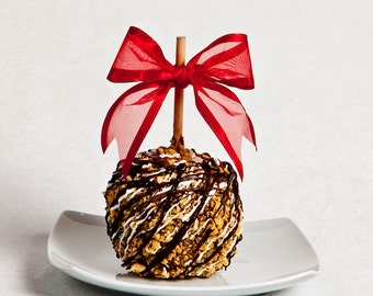 Snickers Chocolate Peanut Caramel Apple