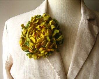 Hand felted Dahlia Felted flower brooch yellow Felt brooch Merino wool brooch Felt jewelry Ready to ship