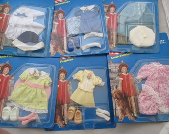 Complete Annie Doll Fashions doll clothes Knickerbocker 1982 set of 6