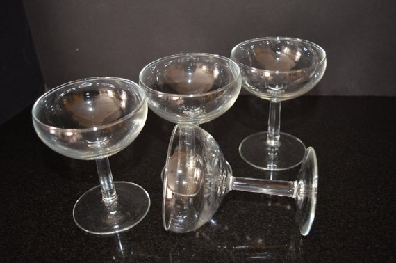 Mid Century Modern Crystal Champagne Coupe Glasses Set Of 4